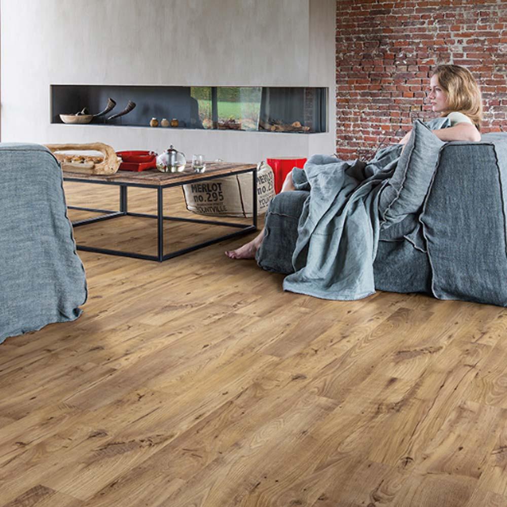 quick step livyn balance click vintage chestnut natural bacl. Black Bedroom Furniture Sets. Home Design Ideas