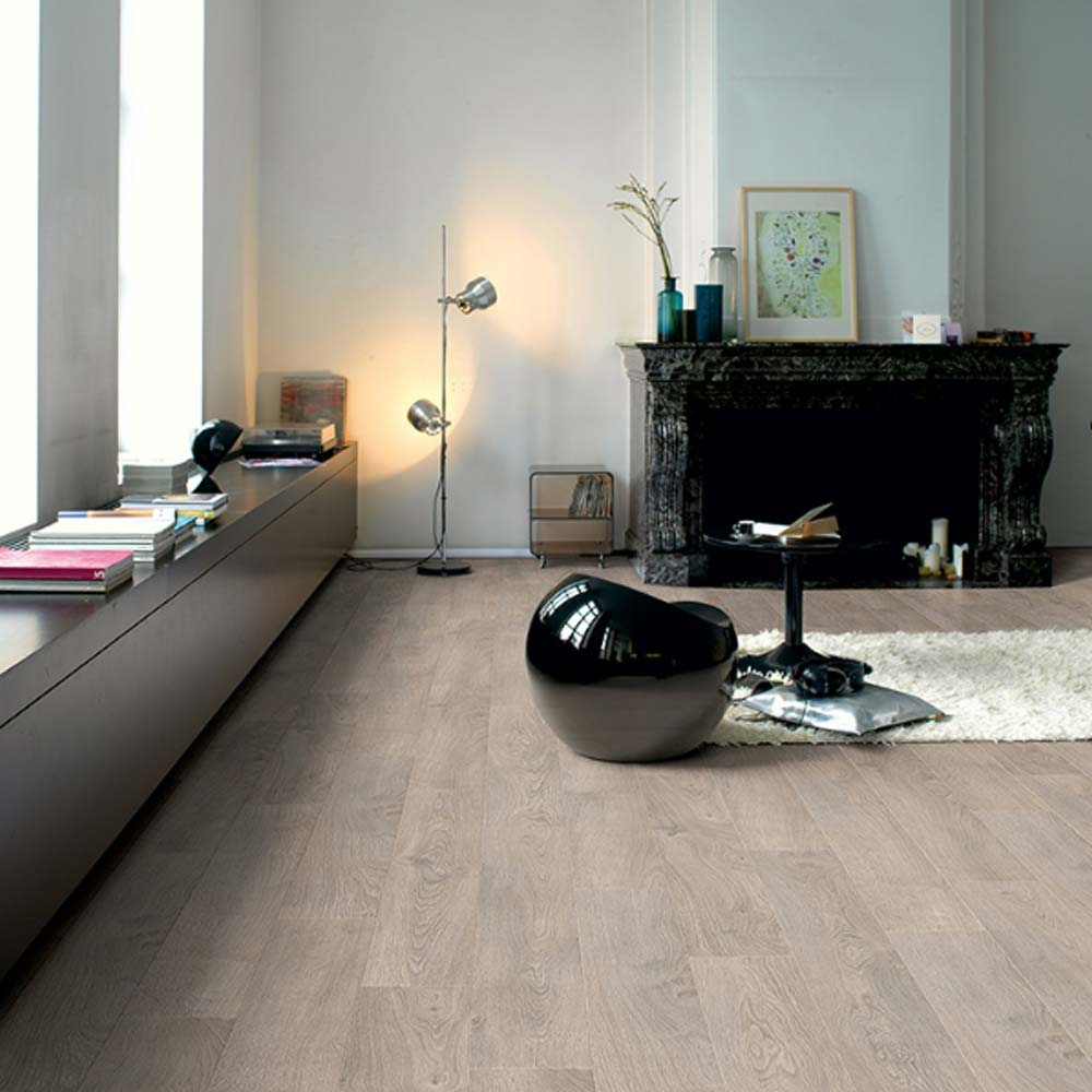Quick step classic old oak light grey planks clm1405 laminat for Quick step parquet flooring