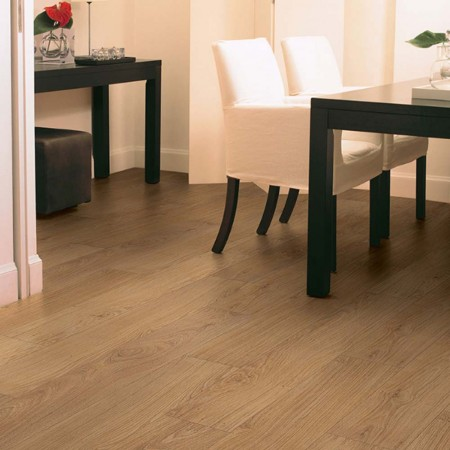 Quick-Step Classic Natural Varnished Oak Planks CLM1292 Laminate Flooring
