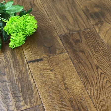 150mm Lacquered Antique Solid Oak Wood Flooring 1.98m²
