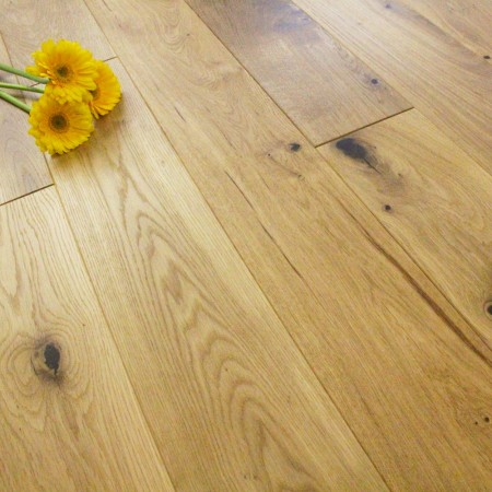 125mm Brushed & Oiled Solid Charnwood Oak 18mm Wood Flooring 2.2m²