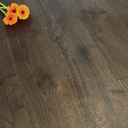 180mm Brushed & Matt Lacquered Engineered Brown Umber Oak Click Wood Flooring 2.77m²