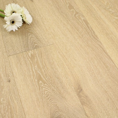 180mm Brushed & Matt Lacquered Engineered Oak Antique White Click Wood Flooring 2.77m²