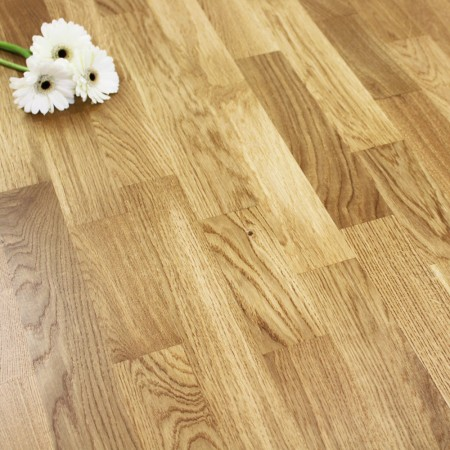 3-Strip Lacquered Engineered Rustic Oak Click Wood Flooring 3.18m²