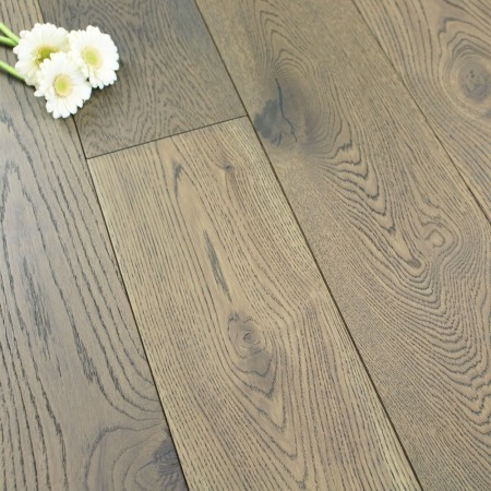 190mm Brushed & Matt Lacquered Engineered Sable Brown Oak Wood Flooring 2.89m²