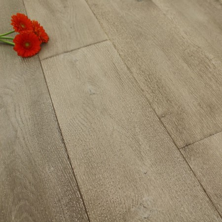 190mm Brushed & Oiled Engineered Woodland Grey Oak Wood Flooring 2.89m²