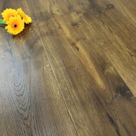 190mm Brushed & Oiled Engineered Smoked Antique Oak Wood Flooring 2.89m²