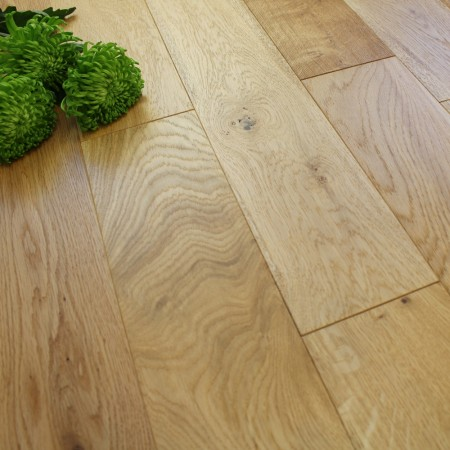 125mm Engineered Brushed and Lacquered Natural Oak Wood Flooring 2.2m²
