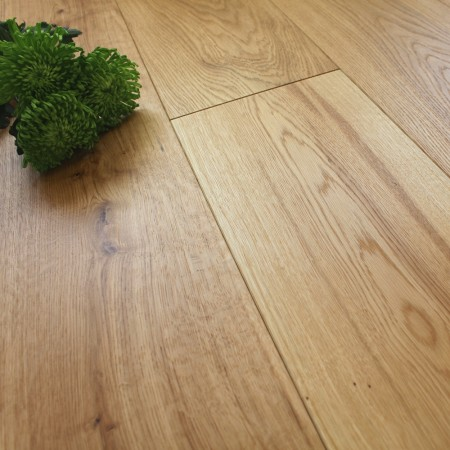 220mm Engineered Rustic Brushed and Oiled Oak Wood Flooring 1.94m²