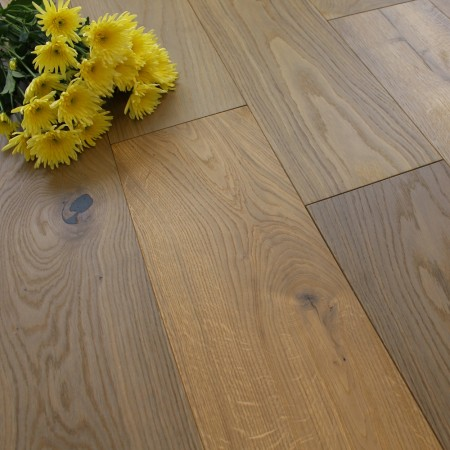 190mm Engineered Brushed and UV Oiled Light Smoked Oak Wood Flooring 2.09m²