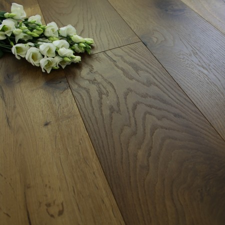 190mm Engineered Brushed and UV Oiled Autumn Bronze Oak Wood Flooring 1.81m²