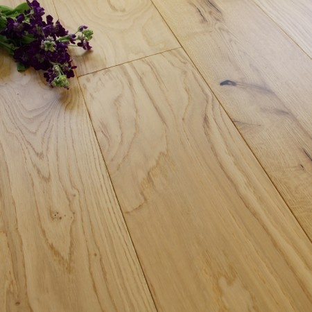 190mm Engineered Lacquered Rustic Oak Wood Flooring 1.81m²