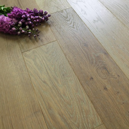 150mm Brushed & Oiled Engineered Washed Smoked Oak 18mm Wood Flooring 1.98m2