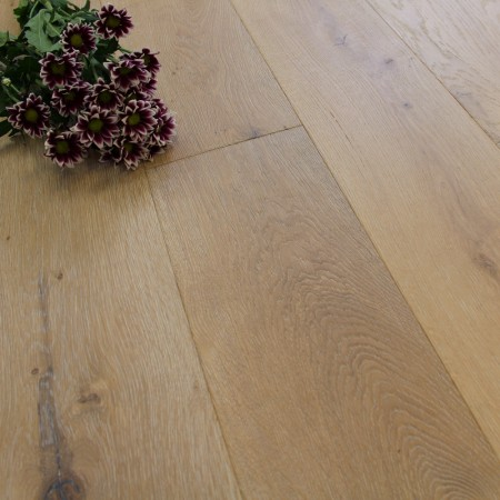 189mm UV Oiled Engineered Winter Oak 20mm Wood Flooring 2.11m²