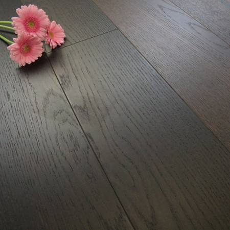 185mm Brushed & Matt Lacquered Engineered Chocolate Smoked Oak Click Wood Flooring 2.33m²