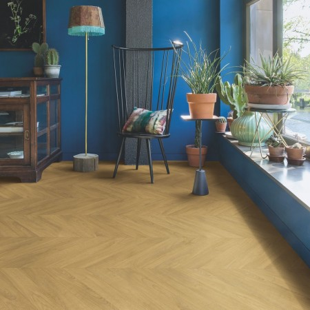 Quick-Step Impressive Patterns Chevron Oak Natural IPA4161 Laminate Flooring 1.901m²