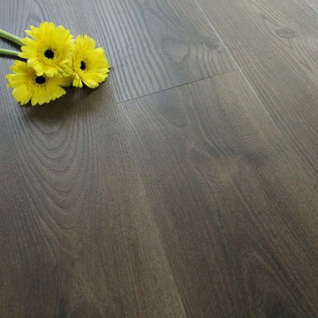 Deep Chocolate Oak Luxury Vinyl Click Flooring 2.168m²