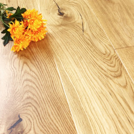 180mm Matt Lacquered Engineered Bradgate Oak Click Wood Flooring 2.77m²