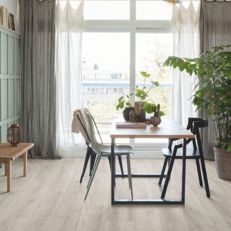 Quick-Step Signature Brushed Oak Grey SIG4765 Laminate Flooring 2.048m²