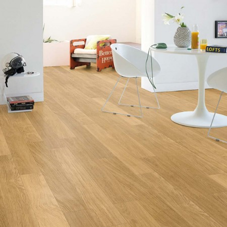 Quick-Step Perspective Natural Varnished Oak Planks 4 Groove UF896 Laminate Flooring