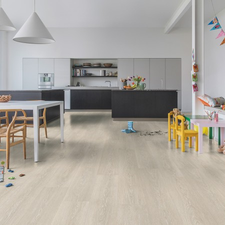 Quick-Step Majestic Valley Oak Light Beige MJ3554 Laminate Flooring 2.952m²