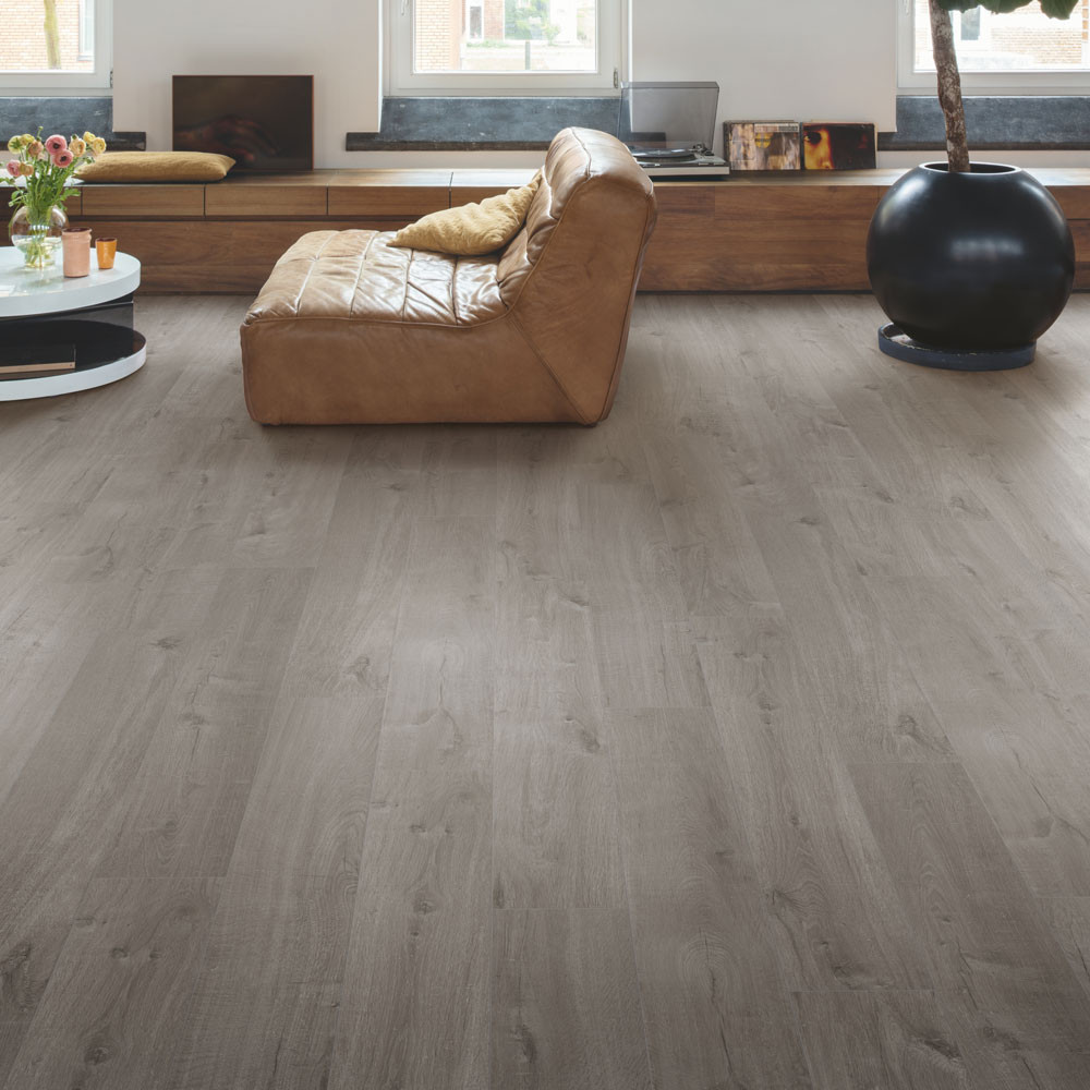 Quick-Step Alpha Vinyl Medium Planks Cotton Oak Cozy Grey AVMP40202 Vinyl Flooring