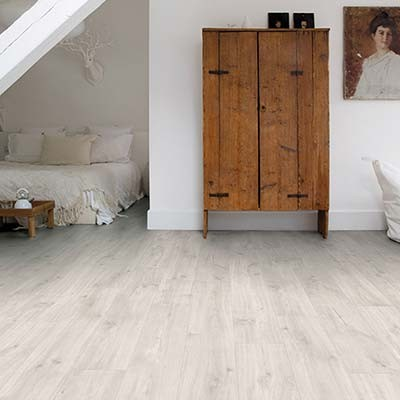 Quick-Step Livyn Balance Click Canyon Oak Light with Saw Cuts BACL40128 Vinyl Flooring