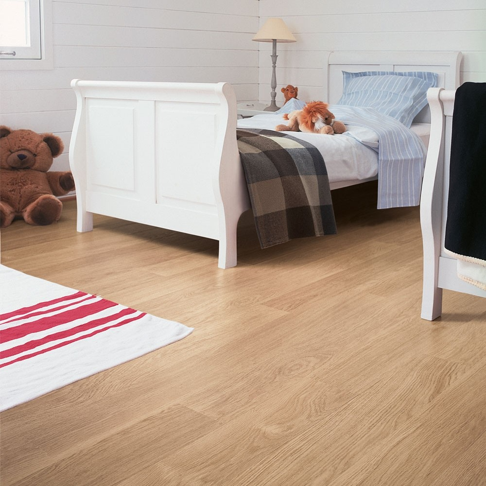 Quick-Step Eligna White Varnished Oak Planks EL915 Laminate Flooring