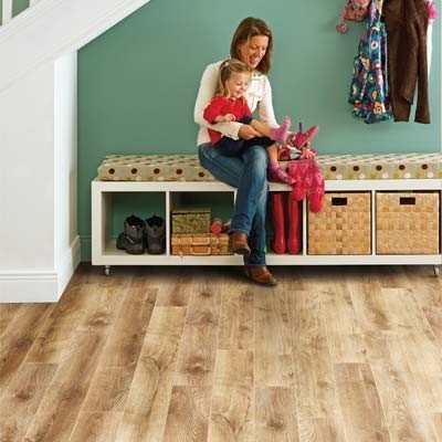 Elka 12mm Barn Oak ELT913 Laminate Flooring