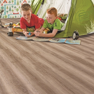 Elka 8mm Honey Oak ELV223AP Aqua Protect Laminate Flooring