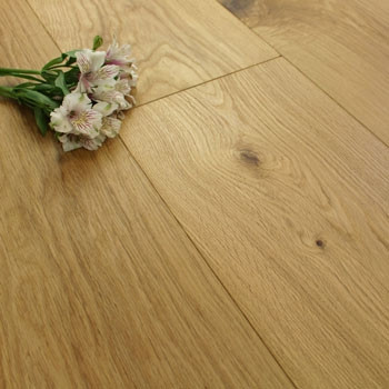 300mm Engineered Natural Oiled Wide Plank Oak Wood Flooring 2.64m²