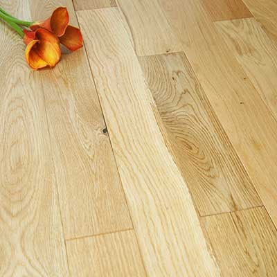90mm Lacquered Solid Oak Wood Flooring 2.38m²