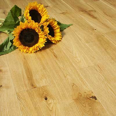 125mm Lacquered Solid Oak Wood Flooring 2.2m²