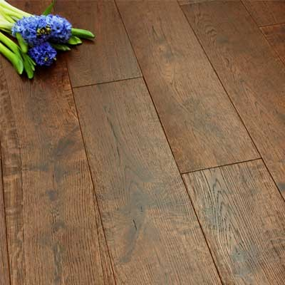 150mm Brushed & Lacquered Chocolate Solid Oak Wood Flooring 1.98m²