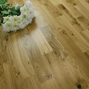 200mm Engineered Satin Lacquered 3-Strip Oak Wood Flooring 3.4m²