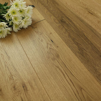 190mm Engineered Light Brown Brushed Matt Lacquered 1-Strip Oak Wood Flooring 2.88m²