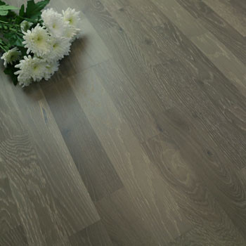 200mm Engineered Grey Brushed Matt Lacquered 3-Strip Oak Wood Flooring 2.91m²