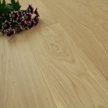 185mm Brushed & Super Matt Lacquered Engineered Light Oak Click Wood Flooring 2.33m²