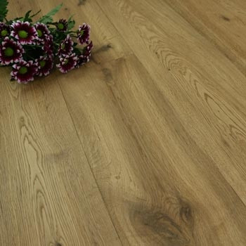 190mm Handscraped & UV Oiled Engineered Smokey Oak Click Wood Flooring 2.17m²