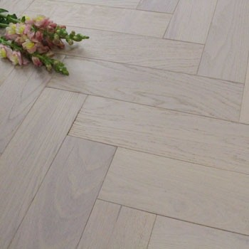 90mm Brushed, White Stained & Matt Lacquered Engineered Oak Parquet Block Wood Flooring 1.8144m²