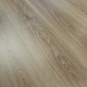 8mm Washed Oak Laminate Flooring 1.9845m2