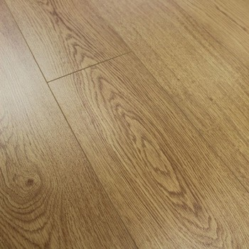 8mm Enhanced Oak Laminate Flooring 1.9845m2