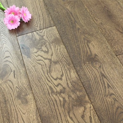 190mm Brushed & Matt Lacquered Engineered Deep Taupe Oak Wood Flooring 2.89m²