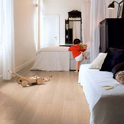 Quick-Step Impressive Ultra White Varnished Oak IMU3105 Laminate Flooring