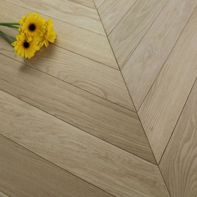 90mm Engineered Unfinished Oak Prime Chevron Block Wood Flooring 0.8352m²