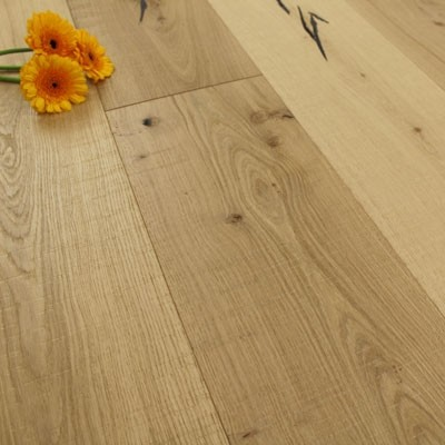 220mm UV Lacquered Engineered Bandsawn Oak Wood Flooring 2.90m²
