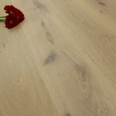 190mm Brushed & Oiled Engineered Seashell Oak Wood Flooring 2.89m²