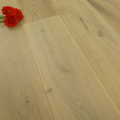 190mm Brushed & Oiled Engineered Smoked Kalahari Oak Wood Flooring 2.89m²
