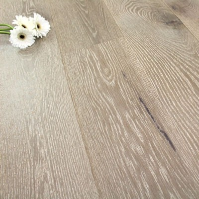 185mm Brushed & Matt Lacquered Engineered Pewter Oak Click Wood Flooring 2.36m²