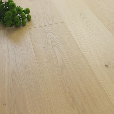 182mm Brushed & Natural Oiled Engineered Oak Powder Sand Click Wood Flooring 2.4m²